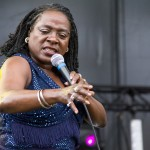 Sharon Jones & The Dap-Kings-30