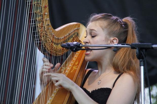 Joanna Newsom 1 (620x413)